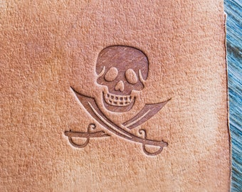 "stamp Pirate Skull 3x3cm (1,18""x1,18"")"