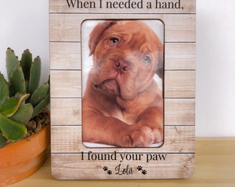 Pet Frame Personalized Cat Dog Frame Pet Lover GIFT When I Needed a Hand I Found your Paw Frame Pet Adoption Gift