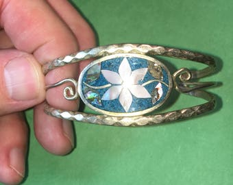 """Vintage Sourhwest Sterling Cuff Bracelet with Abalone/2 1/2 x 1""""/Beautiful Cratmanship /Singed ALPACO MEXICO Like New <>#BCEB-424"""
