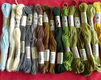 Set of 16 skeins of yarn DMC 4 Vintage assorted colors