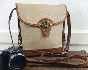 DOONEY & BOURKE White and Tan Pebbled Leather AWL Classic Camera Crossbody Bag