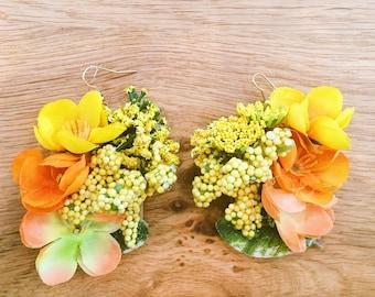 Real flower earrings or faux flower earrings