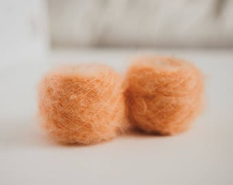 VINTAGE YARN - 100% Italian Mohair - Apricot / Coral - Pack of two 40 g - Yarn Cakes