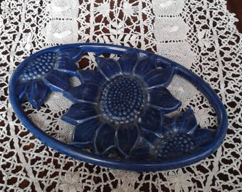 Below of dish manufacturing enameled cast-iron French Geneviève Lethu