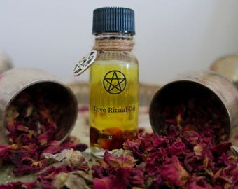 Love Ritual Oil// Handcrafted ritual oil with dried roses// Rose essential oil//Witch spell kit// Witch starter kit
