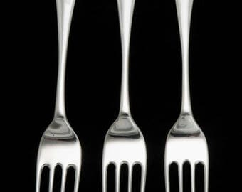 3 Sterling Silver Stieff Colonial Williamsburg Shell Pattern Forks