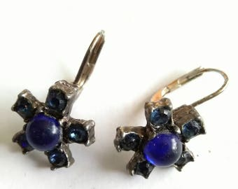 Vintage Faux Sapphire Coloured Silver Tone Metal Pierced Earrings With Snap Backs.