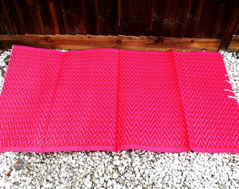 Pink & red stripes Recycled Plastic Mat, reversible mat, plastic floor rug, plastic rug, floor runner, waterproof rug