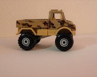 "c1990 Desert Camo Hot Wheels Military (Army) Truck, Pristine, Militaria, Vintage Mattel, Bonus ""Mystery"" vintage Die-cast included!"