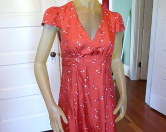 Marc Jacobs Silk Day Dress, Size 4.  Red with Charming Heart Print.  Sweet.