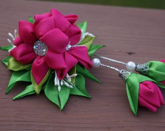 Hairpin bouquet of flowers with buds of kanzashi