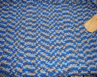 blanket crocheted 57 cm by 75 cm