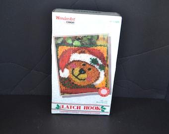 New Vintage Christmas Latch Hook Wonder Art 12 X 12