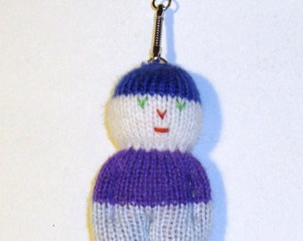 Key knit depicting a snowman