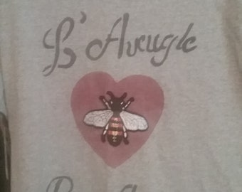 Gucci Bee inspired large gray t shirt