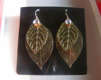 Earrings Golden filigree leaves