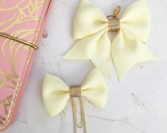 Sunny bow