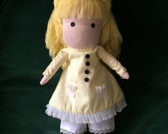 "14"" 1970's Vintage Joan Walsh Anglund Doll"
