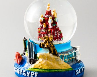 The snow globe. Church on spilled blood. Saint-Petersburg. Russia. souvenir