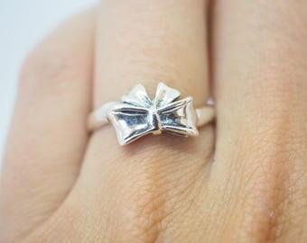 """Silver ring """"sweet loop"""""""
