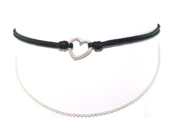 Choker / necklace collar black wax cord with heart