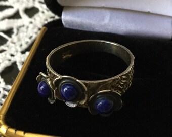 UNIQUE VINTAGE DESIGN Lapis ring - Sterling silver-nice hand-made Genuine stone Lapis - Very Original ring!