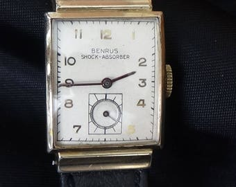 Vintage 1940s Benrus Men's Wrist Watch with Hooded Lugs