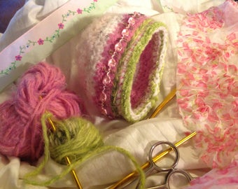Newborn crocheted bonnet or cap