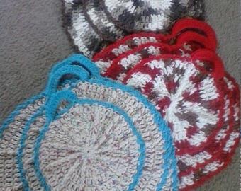 "set of 3 ""wagon wheel"" hot pads/pot holders handmade crochet"