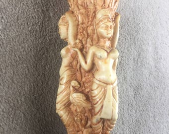 ANTIQUE VINTAGE RARE collectiable egyptian goddess vase