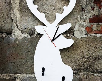 Wooden deer clock