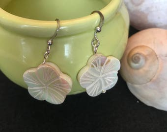 Flower earrings with silver hooks