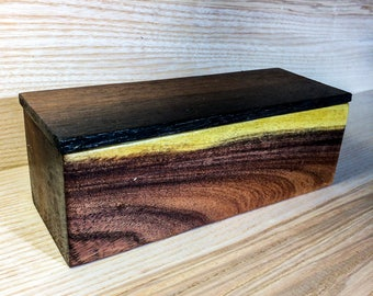 Reclaimed Exotic Hardwood &Bog Oak Jewellery/trinket/rolling box