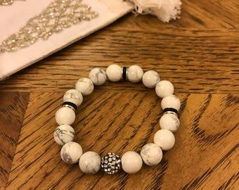 White Howlite & Crystal Bracelet