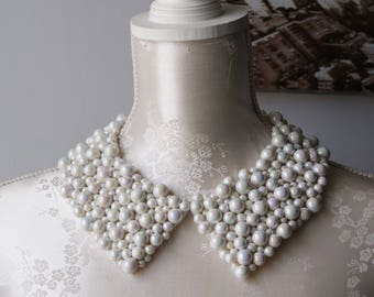 White collar necklace with opalescent pearls pointed shape detachable beaded collar beads removeable accessories for women peter pan collar