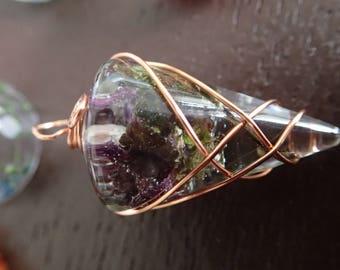Cast resin pendant with Lamium purpureum