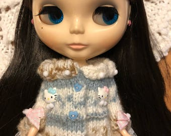 Hand knitted for Blythe doll
