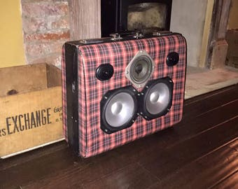 Vintage Tartan suitcase speaker