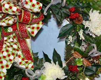 Holiday Lighted Wreath