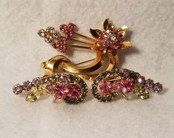 Brooch earring set vintage 1970's era pink rhinestone.