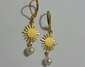 Long  earrings with natural pearls. Gold filled long earrings.