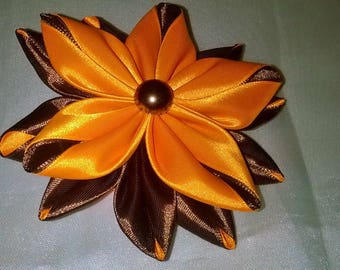 scrunchie with flower kanzashi way in orange and chocolate satin ribbon
