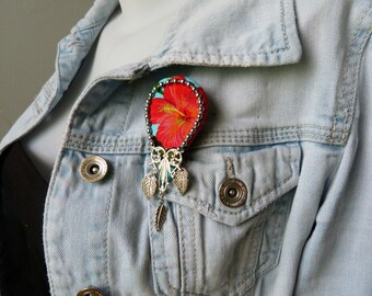 Hibiscus Hula Island flower brooch