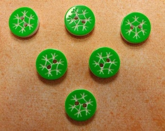 LOT 6 buttons: round green 13mm snowflake pattern