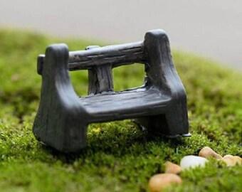 MINIATURE resin: Brown bench