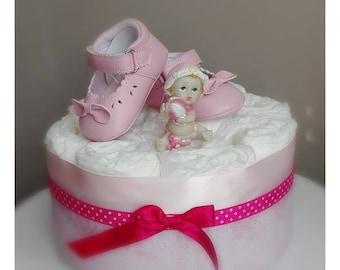 Gâteau de couches à offrir à l'occasion d'une naissance