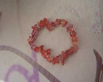 Cherry quartz gemstone chips bracelet