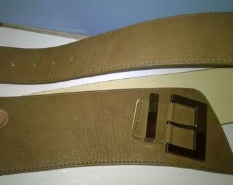 590) wide belt