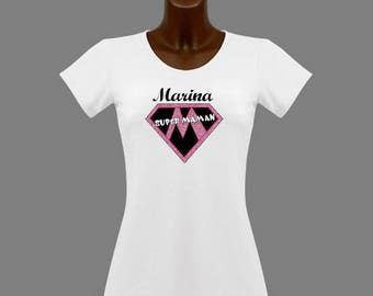 White women super MOM t-shirt personalized with name
