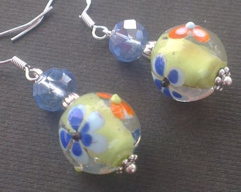 Curly pattern Lampwork bead small colorful flowers for girl